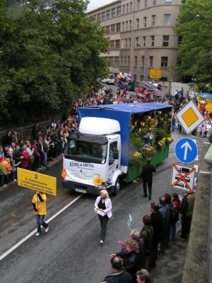 Der Festwagen der Landesgartenschau 2009 beim Festumzug