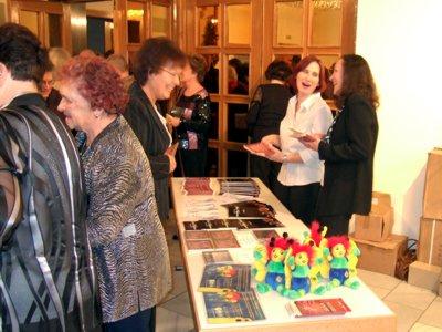 Maskottchenverkauf für dir Landesgartenschau 2009 zum Silvester- und Neujahrskonzert der Vogtlandphilharmonie