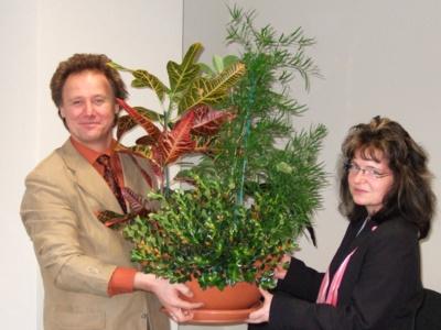 Glückwunsch zum Einzug ins Hauptgebäude der 5. Sächsischen Landesgartenschau 2009 an die LGS gGmbH